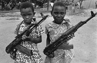 Девочки солдаты